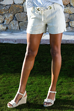 shorts lino beige mujer