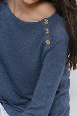 Linen sweater for women in bleu color