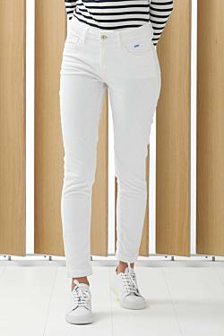 pantalón pana blanco mujer