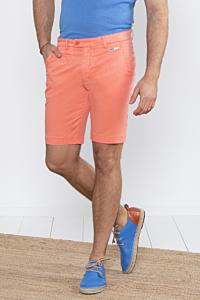 Short slim chino homme en tencel couleur orange