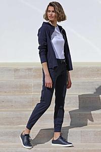 Elegant geschnittene sportliche Hose